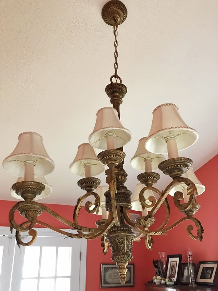 Ugly giant chandelier Lamp shades