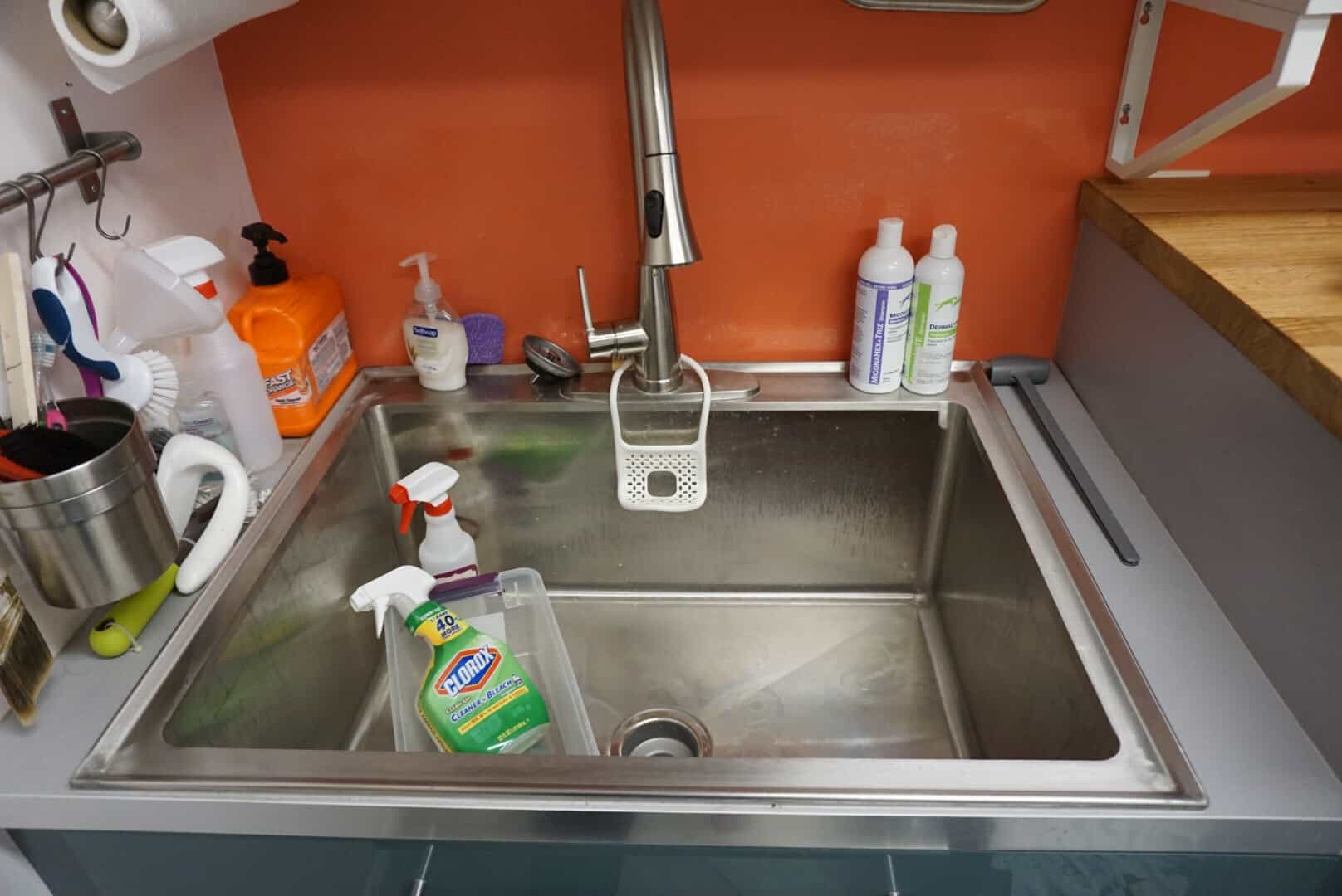 Giant laundry sink